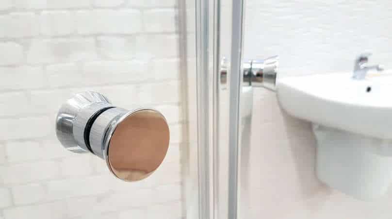 new upscale shower doors