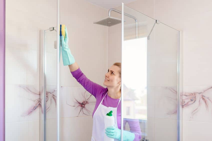 best way to keep your glass shower door clean